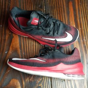 Nike Air Max Infuriate Low Mens Basketball Shoes